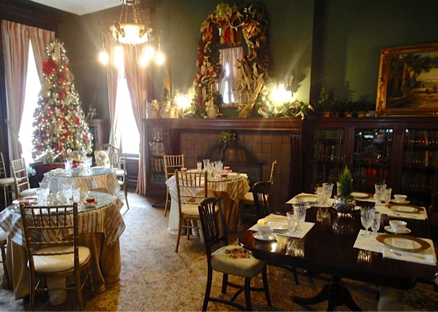 Alexander-Mansion-Holiday-Tearoom